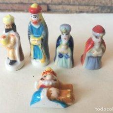 Figurines pour Crèches de Noël: ANTIGUAS FIGURAS SORPRESAS ROSCÓN REYES DE PORCELANA. Lote 203539075