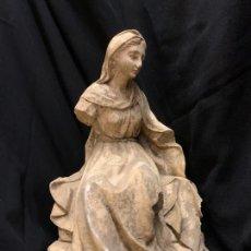 Figuras de Belén: EXCEPCIONAL FIGURA DE PESEBRE, VIRGEN MARIA, EN ESTUCO, TALLERES DE OLOT. GRAN TAMAÑO. 32CMS. Lote 209741171