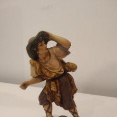 Figurines pour Crèches de Noël: BELEN NACIMIENTO ANTIGUA FIGURA.. Lote 213585165