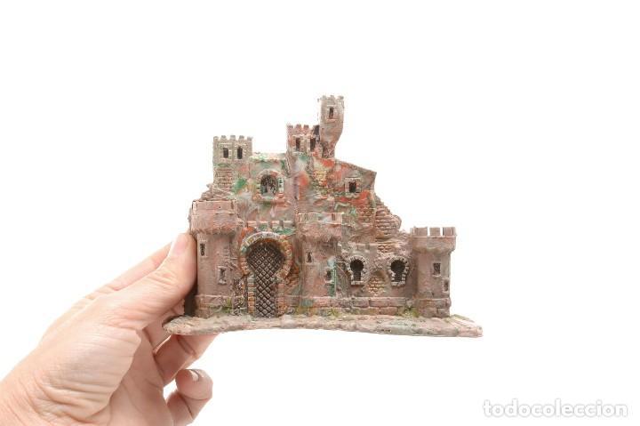 Figuras de Belén: Castillo antiguo de plástico, decoración pesebre, modelismo - Foto 8 - 214470341