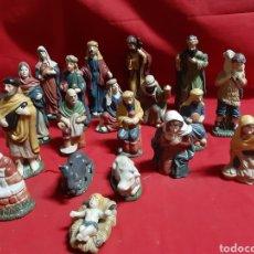 Figurines pour Crèches de Noël: LOTE DE 19 FIGURAS DE BELÉN EN PORCELANA. Lote 221607403