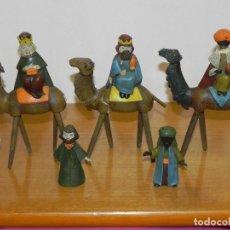 Figuras de Belén: ** ANTIGUO NACIMIENTO DE BELEN ORIENTAL - REYES MAGOS EN TERRACOTA - ORTIGAS - RASGOS ORIENTALES **. Lote 221722476