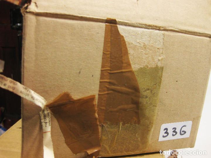 Figuras de Belén: Figuras de barro para nacimiento de 12 cm. Pastor con cesto de frutas a la espalda. - Foto 4 - 222045560