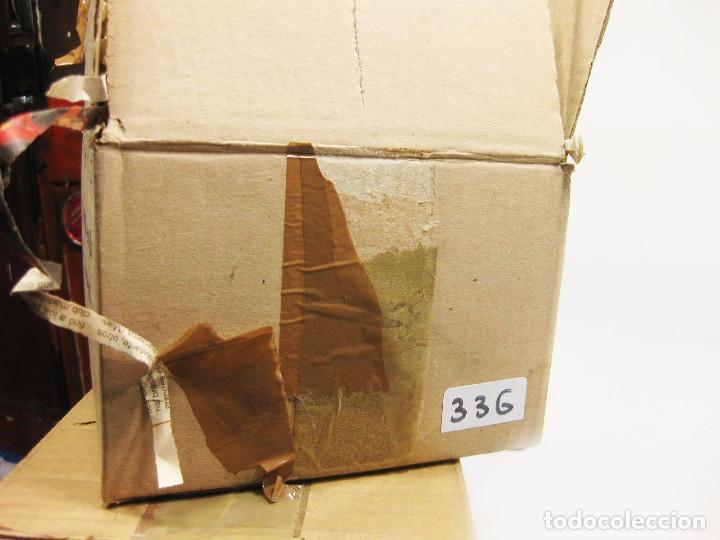 Figuras de Belén: Figuras de barro para nacimiento de 12 cm. Pastora con vara. - Foto 3 - 222045730