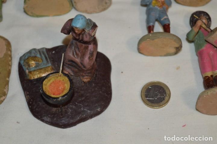 Figuras de Belén: Lote figuras variadas / BELÉN ANTIGUO / De BARRO, TERRACOTA o similar ¡Mira fotos/detalles! Lote 02 - Foto 3 - 222482505