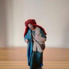 Figuras de Belén: ANTIGUA FIGURA PASTOR DE MAESTROS ARTESANOS BELÉN POPULAR PESEBRE NACIMIENTO NAVIDAD. Lote 223091288