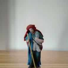 Figuras de Belén: ANTIGUA FIGURA PASTOR DE MAESTROS ARTESANOS BELÉN POPULAR PESEBRE NACIMIENTO NAVIDAD. Lote 223091536