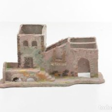 Figuras de Belén: CASA ANTIGUO DE PLÁSTICO, DECORACIÓN PESEBRE, MODELISMO, AÑOS 60-70. Lote 223298735