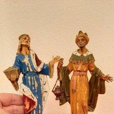 Figuras de Belén: 2 ANTIGUA GRAN FIGURA DE BELEN REYES MAGOS Nº 302 304 FONTANINI DEPOSE ITALY 18 CM PLASTICO NAVIDAD. Lote 226297085