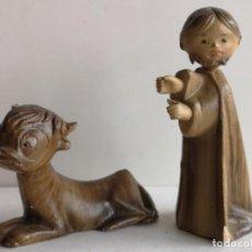 Figurines pour Crèches de Noël: 2 FIGURAS DE BELÉN DE BARRO ORTIGAS. Lote 226490330