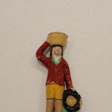 Figuras de Belén: PASTOR CON CESTO DE TERRACOTA (152). Lote 228307680