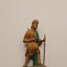 Figuras de Belén: PASTOR CON BASTÓN DE TERRACOTA (160). Lote 228317935