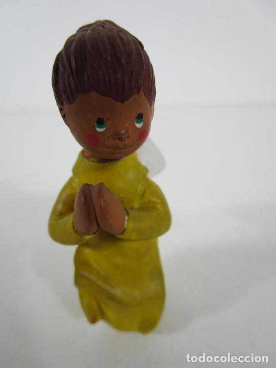 Figuras de Belén: Figura de Belén - Angelito - Terracota Policromada - Escultor Quera - Foto 2 - 228932600