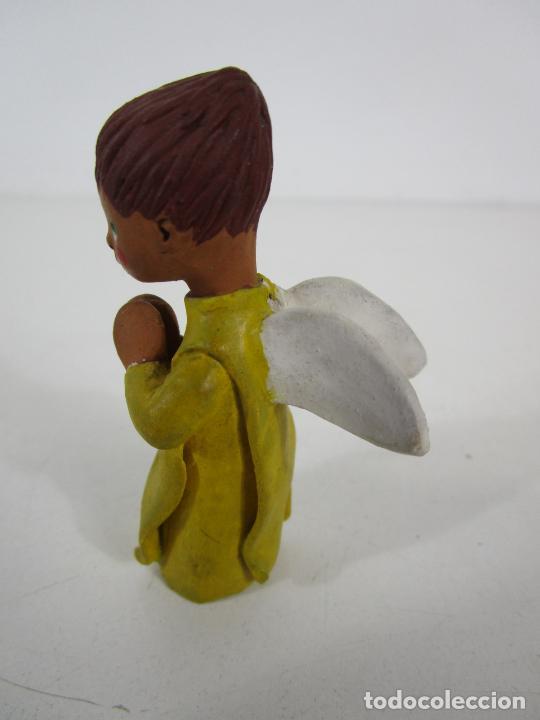 Figuras de Belén: Figura de Belén - Angelito - Terracota Policromada - Escultor Quera - Foto 3 - 228932600