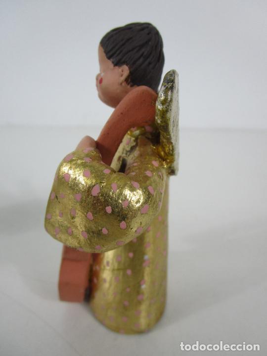 Figuras de Belén: Figura de Belén - Angelitos Músicos - Ángel Terracota Policromada y Dorado - Escultor Quera - Foto 21 - 228933510