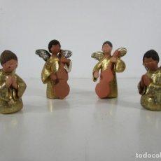 Figuras de Belén: FIGURA DE BELÉN - ANGELITOS MÚSICOS - ÁNGEL TERRACOTA POLICROMADA Y DORADO - ESCULTOR QUERA. Lote 228933510