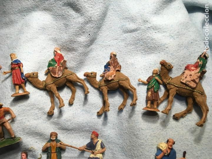 Figuras de Belén: Lote de 60 figuras de belén pesebre plástico años 70 imagino marca Reamsa, entre 6 y 7,5 cms. - Foto 2 - 231219665