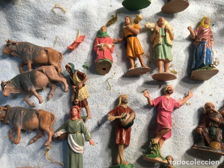 Figuras de Belén: Lote de 60 figuras de belén pesebre plástico años 70 imagino marca Reamsa, entre 6 y 7,5 cms. - Foto 4 - 231219665