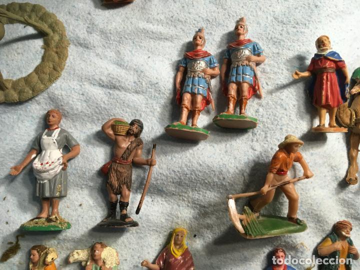 Figuras de Belén: Lote de 60 figuras de belén pesebre plástico años 70 imagino marca Reamsa, entre 6 y 7,5 cms. - Foto 9 - 231219665