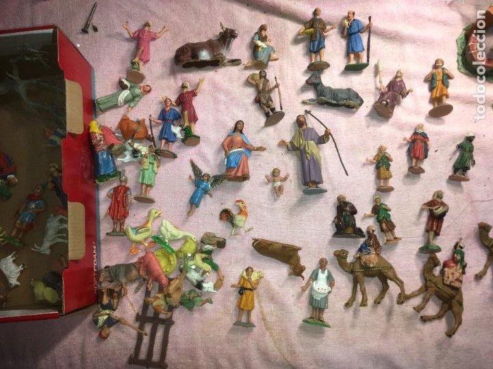 LOTE DE 60 FIGURAS DE BELÉN PESEBRE PLÁSTICO AÑOS 70 IMAGINO MARCA REAMSA, ENTRE 6 Y 7,5 CMS. (Coleccionismo - Figuras de Belén)