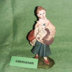 Figurines pour Crèches de Noël: FIGURA DEL BELÉN - PASTORA CON OVEJA - CERÁMICA - EN SU CAJA ORIGINAL - 1 FIGURA (3 FOTOS).. Lote 233283390
