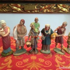Figurines pour Crèches de Noël: FIGURA OLOT BELEN PESEBRE NACIMIENTO NAVIDAD EN PASTA MADERA O SIMILAR MUY ANTIGUOS. Lote 233972630