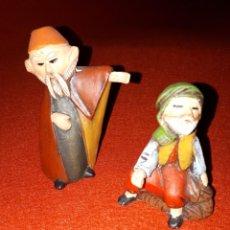 Figurines pour Crèches de Noël: DOS FIGURITAS PORTAL DE BELEN DE SERRANO. Lote 234518460