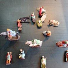 Figurines pour Crèches de Noël: LOTE DE 15 ANTIGUAS FIGURAS DEL PORTAL DE BELÉN, DE TERRACOTA. Lote 234542480
