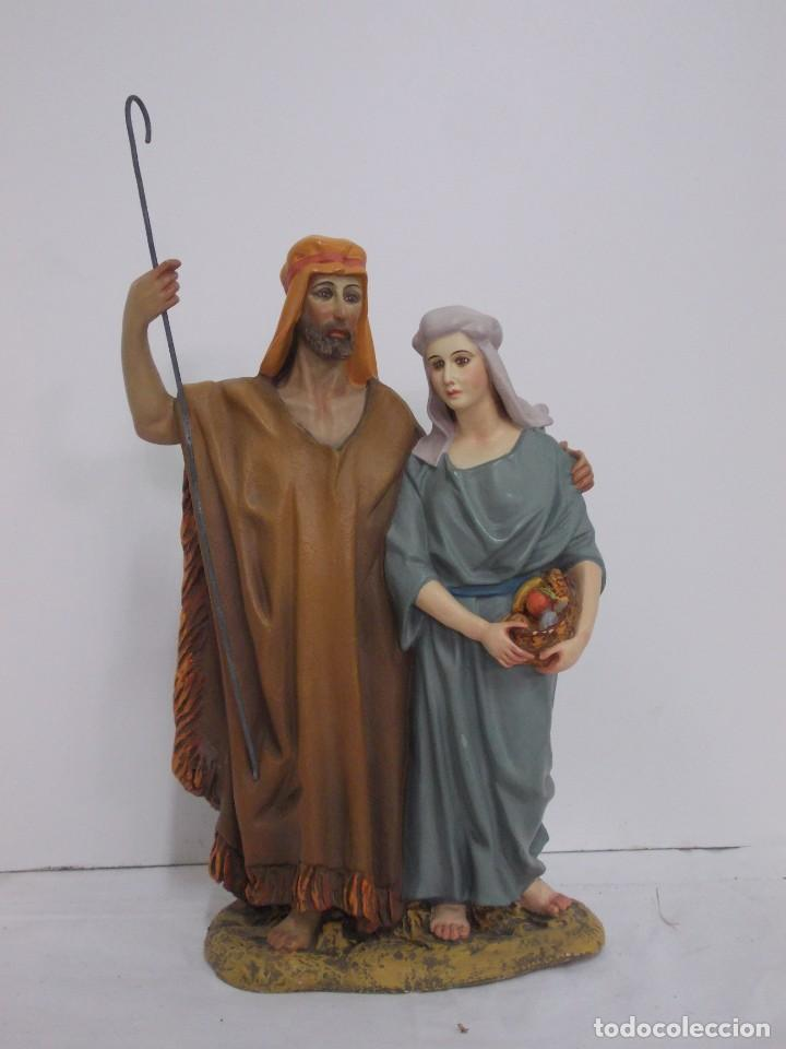 ANTIGUO Y MUY RARO GRUPO DE ESTUCO DE OLOT SERIE 30 CM. FIGURA BELÉN PAREJA DE HEBREOS (Coleccionismo - Figuras de Belén)