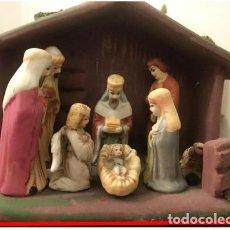 Figuras de Belén: PORTAL DE BELÉN EN CERÁMICA. SAGRADA FAMILIA Y LOS 3 MAGOS.. Lote 237306065