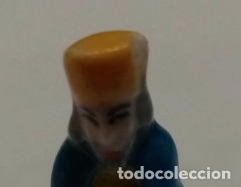 Figuras de Belén: Belen miniatura 4 cms. Ceramica porcelana,5 figuras roscón de reyes - Foto 9 - 245386840
