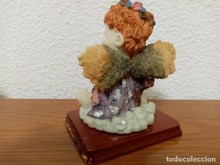 Figuras de Belén: Figura en resina angel querubin,angelote, con arpa años 80 - Foto 4 - 254013750
