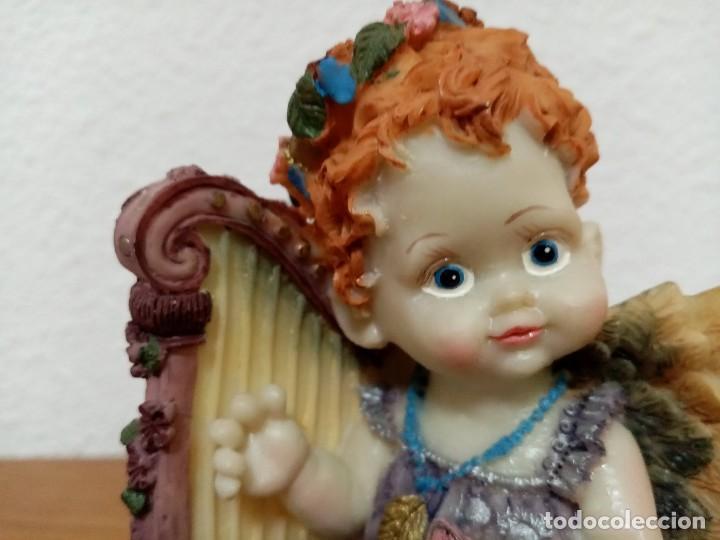 Figuras de Belén: Figura en resina angel querubin,angelote, con arpa años 80 - Foto 9 - 254013750
