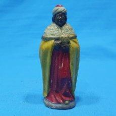 Statuine di Presepe: FIGURA DE BELÉN - REY BALTASAR - EN TERRACOTA BARRO MURCIANO - 7,8 CM DE ALTO. Lote 260654180