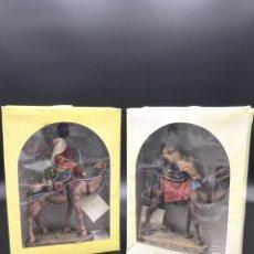Figuras de Belén: PAREJA DE REYES MAGOS DE BELEN DEL PRADO - J. MAYO - MELCHOR Y BALTASAR. Lote 270233373
