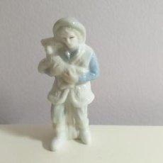 Figuras de Belén: PEQUEÑA FIGURA DEL NACIMIENTO. PORTAL DE BELÉN. PASTOR CON OVEJA. ALTURA 8,5 CM. Lote 286692398