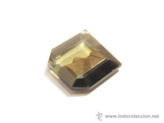 Coleccionismo de gemas: GRAN ZAFIRO BICOLOR NATURAL EXTREMADAMENTE RARO (Sin tratar, solo térmico), Y DE 3,09 QUILATES. - Foto 3 - 33736204