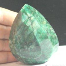 Coleccionismo de gemas: MUY GRAN ESMERALDA NATURAL DE 1370 QUILATES CON CERTIFICADO GEMOLOGICO. Lote 46595188