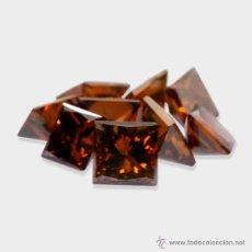 Coleccionismo de gemas: DIAMANTES COGÑAC PEQUEÑOS CUADRADOS DE 1,0 A 1,2 MM.. Lote 214945598