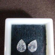 Coleccionismo de gemas: PAREJA DE ZIRCONITAS TALLA LAGRIMA. Lote 87887320