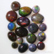 Coleccionismo de gemas: LOTE DE 19 OPAL WELO NATURAL, VIBRANTE JUEGO DE COLORES - 11 QUILATE. Lote 105584947