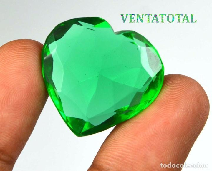MOLDAVITA VERDE DE 38,45 KILATES CON CERTIFICADO IGL MEDIDA 26X24X9 MILIME = 2,6X2,4 CENTI-Nº7 (Coleccionismo - Mineralogía - Gemas)
