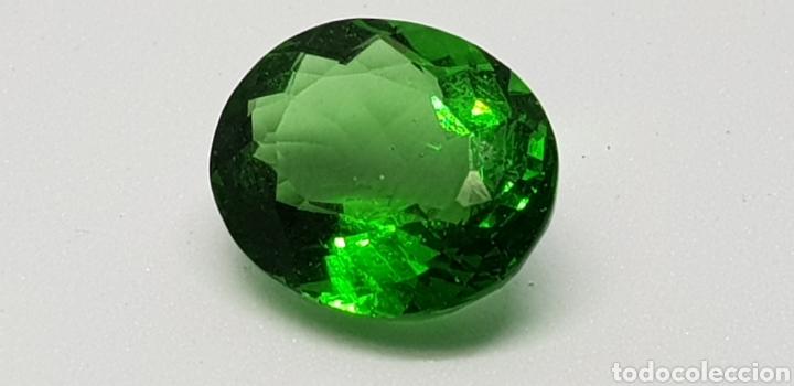MOLDAVIA 3,95 CT VERDE INTENSO PROFUNDO (Coleccionismo - Mineralogía - Gemas)