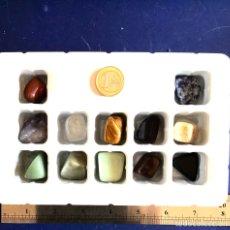 Coleccionismo de gemas: CAJA CON 12 PIEDRAS SEMIPRECIOSAS. EXCELENTE ESTADO.EJEMPLARES DE BUEN TAMAÑO. Lote 131614533