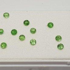 Coleccionismo de gemas: 11 TZAVORITAS NATURALES DE 0,20 CT Y 3,5 MM 20 EU UNIDAD. Lote 140015270