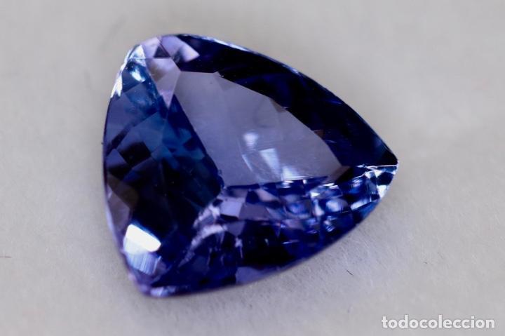 TANZANITA, TRILLÓN, IGI CERTIFICADO (Coleccionismo - Mineralogía - Gemas)