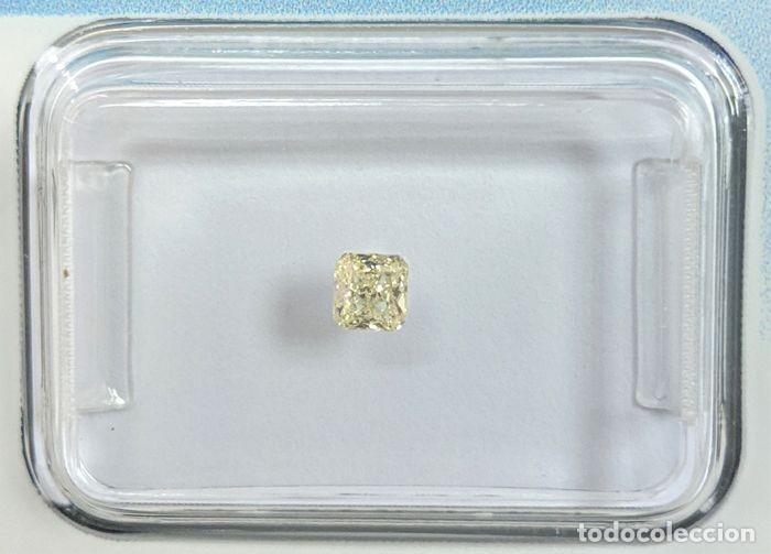 DIAMANTE - 0.13 CT - RADIANTE-, INFORME IGI, CLARIDAD: VS2 (INCLUSIONES MUY LIGERAS) (Coleccionismo - Mineralogía - Gemas)