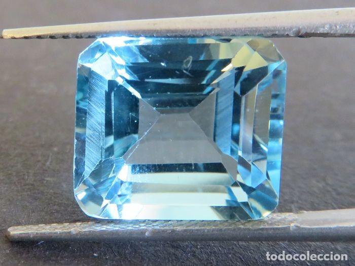 Coleccionismo de gemas: Topacio azul de gran tamaño, 11,16 ct., sin tratamientos y en corte esmeralda. - Foto 3 - 159082522
