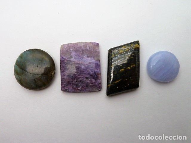 Coleccionismo de gemas: Gemas: Lote de 4 piedras: Charoita, labradorita, ojo de hierro y agata blue - 135.12 ct - Foto 2 - 159131350