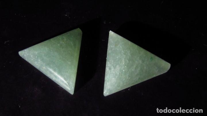 14,65 CT LOTE - PAREJA DE JADE NEFRITA SIN TRATAR TIPO A (Coleccionismo - Mineralogía - Gemas)